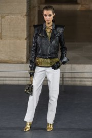 Chanel Pre-Fall 2019 Look 24