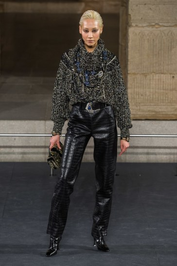 Chanel Pre-Fall 2019 Look 25