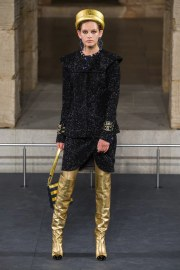 Chanel Pre-Fall 2019 Look 28