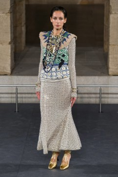 Chanel Pre-Fall 2019 Look 44