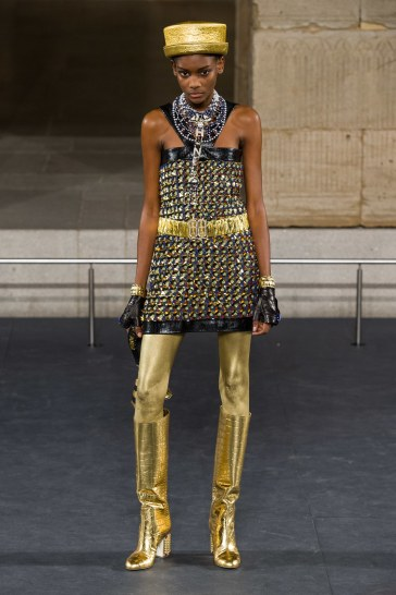 Chanel Pre-Fall 2019 Look 52