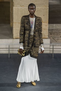 Chanel Pre-Fall 2019 Look 6