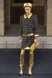 Chanel Pre-Fall 2019 Look 9