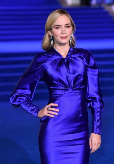 Emily Blunt in Schiaparelli Fall 2018 Couture-1