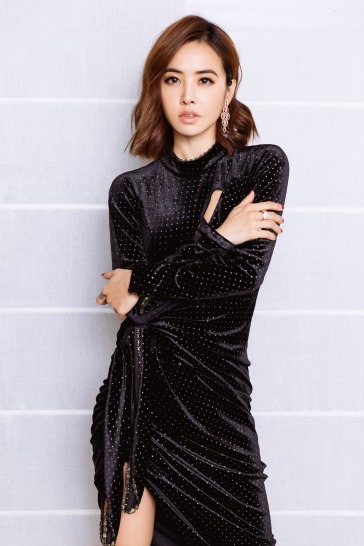 Jolin Tsai in Le Fame Fall 2018-3