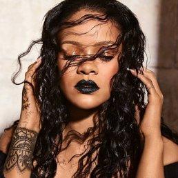 Rihanna for Fenty Beauty-1