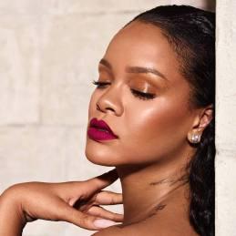 Rihanna for Fenty Beauty-5