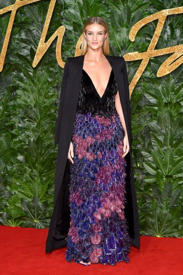 Rosie Huntington-Whiteley in Givenchy Fall 2018 Couture