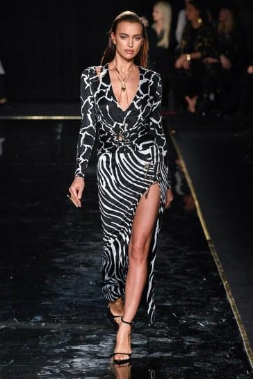 Versace Pre-Fall 2019 Look 17