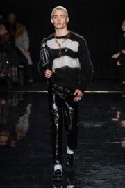 Versace Pre-Fall 2019 Look 21