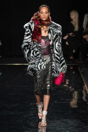 Versace Pre-Fall 2019 Look 27