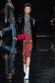 Versace Pre-Fall 2019 Look 30