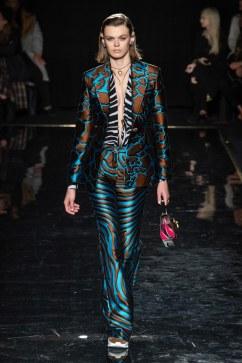 Versace Pre-Fall 2019 Look 31