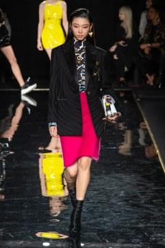 Versace Pre-Fall 2019 Look 32