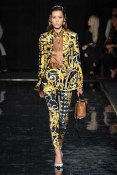 Versace Pre-Fall 2019 Look 6