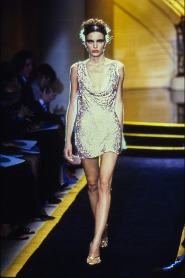 Atelier Versace Fall 1997 Couture