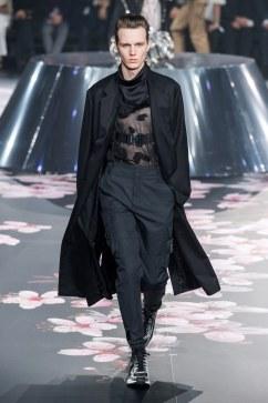 Dior Men Pre-Fall 2019 Look 18