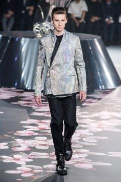 Dior Men Pre-Fall 2019 Look 32