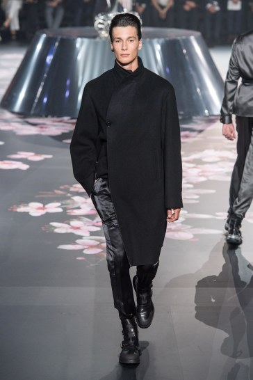 Dior Men Pre-Fall 2019 Look 39