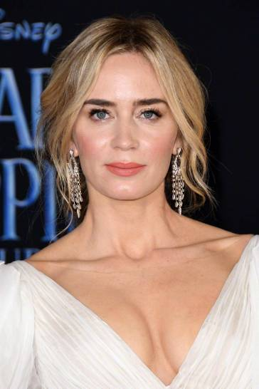 Emily Blunt in Yanina Couture Spring 2018-10