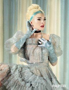 Lindsay Lohan for PAPER Magazines Break the Internet issue-2