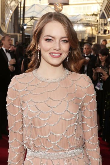 emma stone in louis vuitton-3