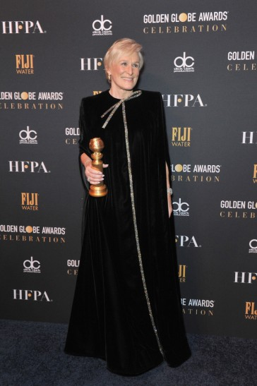 glenn close in armani prive-5