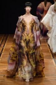 iris van herpen spring 2019 couture look 10
