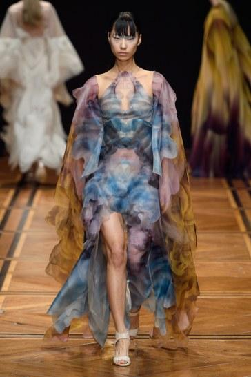 iris van herpen spring 2019 couture look 12