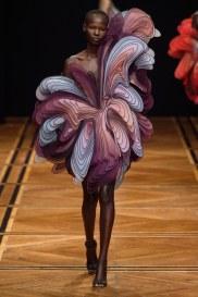 iris van herpen spring 2019 couture look 18
