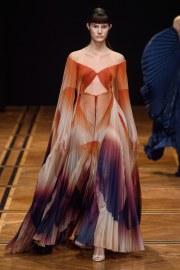 iris van herpen spring 2019 couture look 2