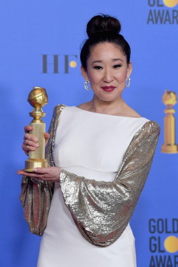 sandra oh in stella mccartney-1