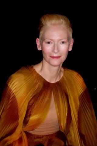 tilda swinton in iris van herpen spring 2019 couture-3
