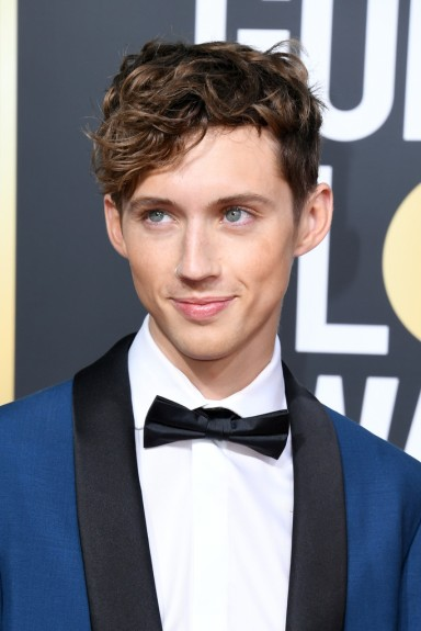 troye sivan in calvin klein 205w39nyc resort 2019-1