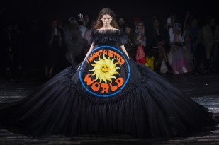 viktor & rolf spring 2019 couture look 18