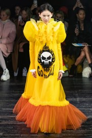 viktor & rolf spring 2019 couture look 2