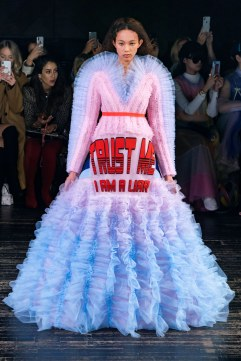viktor & rolf spring 2019 couture look 6