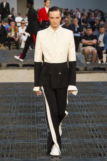 Alexander McQueen Spring 2019 Menswear