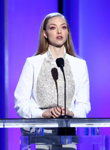 Amanda Seyfried in Givenchy Fall 2018 Couture-5