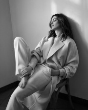 Anne Hathaway The Sunday Times Style February 2019-1