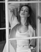 Anne Hathaway The Sunday Times Style February 2019-10