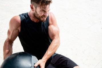 Chris Hemsworth Men's Health Australia March 2019-1