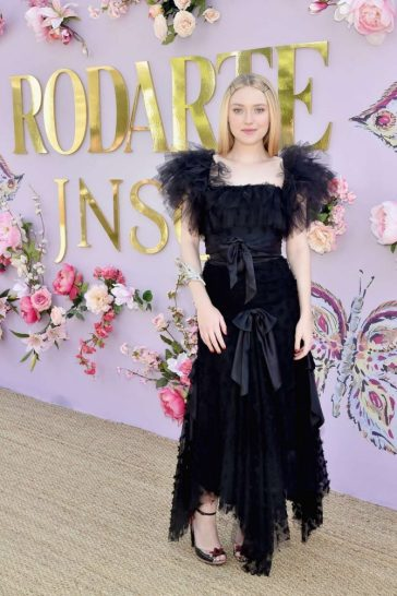 Dakota Fanning in Rodarte Spring 2019-3