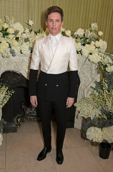 Eddie Redmayne in Alexander McQueen Spring 2019 Menswear-2