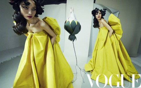Fei Fei Sun for Vogue China April 2019-3