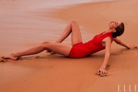 Gigi Hadid for ELLE US March 2019-8
