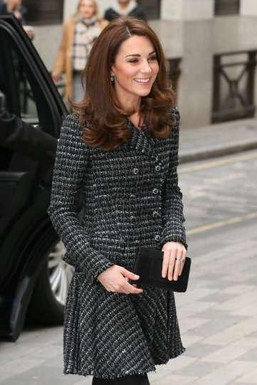 Kate Middleton in Dolce & Gabanna-5