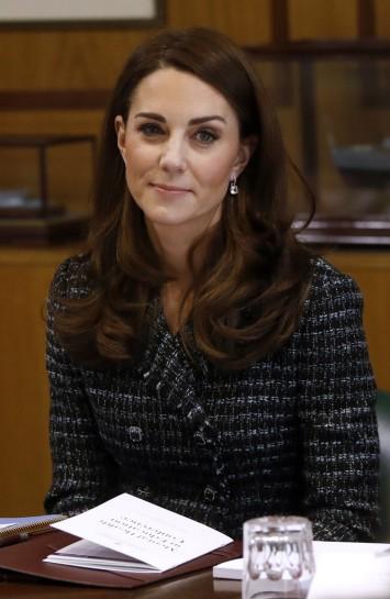 Kate Middleton in Dolce & Gabanna-9