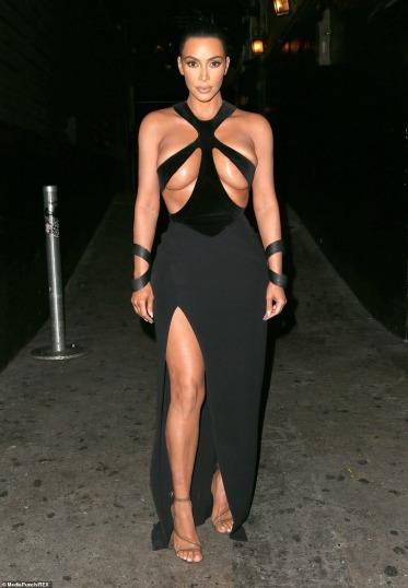Kim Kardashian in Mugler Fall 1998-1