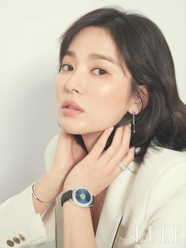 Song Hye-kyo ELLE Korea March 2019-3